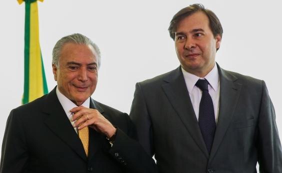 Maia critica ministros e Planalto fica em alerta, diz blog