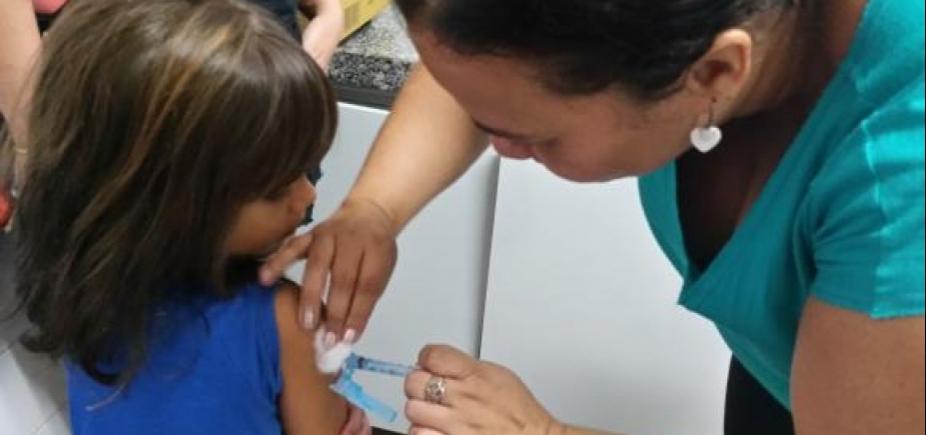 [Menores de 15 anos devem atualizar caderneta de vacinação até esta sexta]