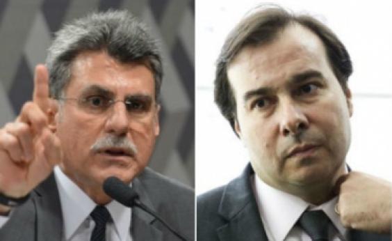 Maia reclama de assédio e Jucá diz que presidente da Câmara está mal informado