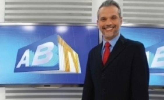 Em coma, apresentador da Globo que foi vítima de bala perdida realiza pequenos movimentos