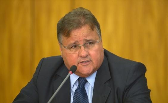 Grupo armado invade fazenda que pertenceria ao ex-ministro Geddel Vieira Lima