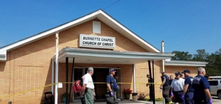 [Estados Unidos: oito pessoas ficam feridas em tiroteio em igreja]