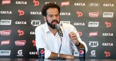 Após derrota, presidente do Atlético-MG demite técnico e polemiza: