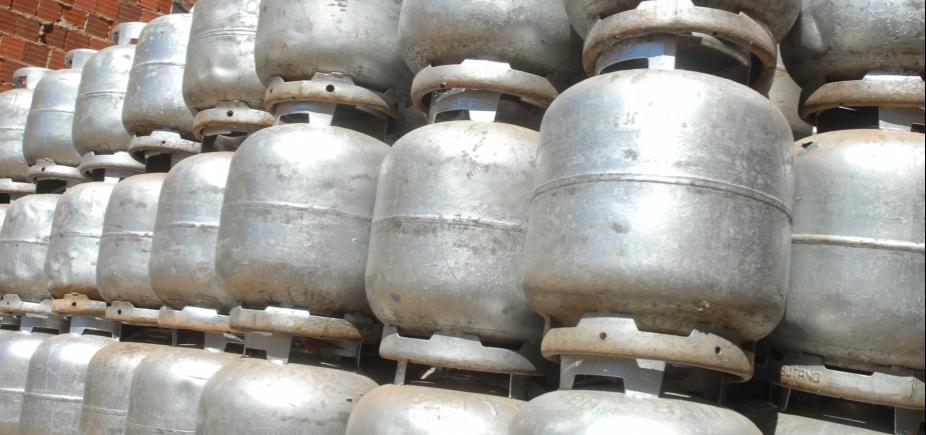 [Preço do botijão de gás terá reajuste de quase 7% a partir desta terça]
