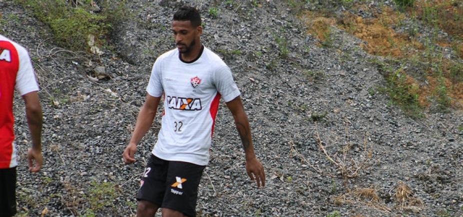 [Atacante do Vitória sofre lesão e pode ser desfalque contra o Botafogo]