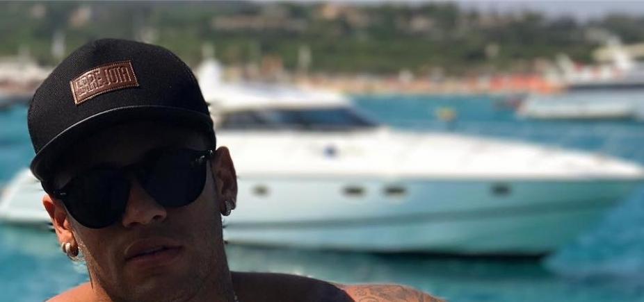 [Neymar vai inaugurar boate sertaneja no Rio de Janeiro em novembro, diz colunista]