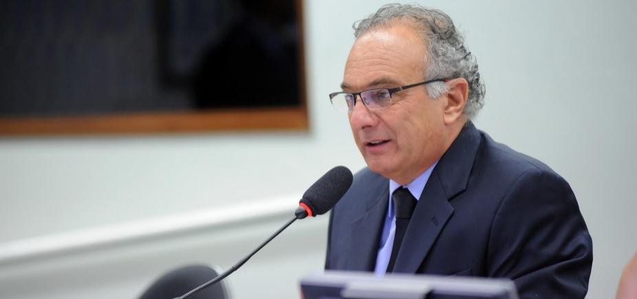 [Líder do PSDB diz que partido ʹvai pagar caroʹ se votar a favor de Temer em denúncia]