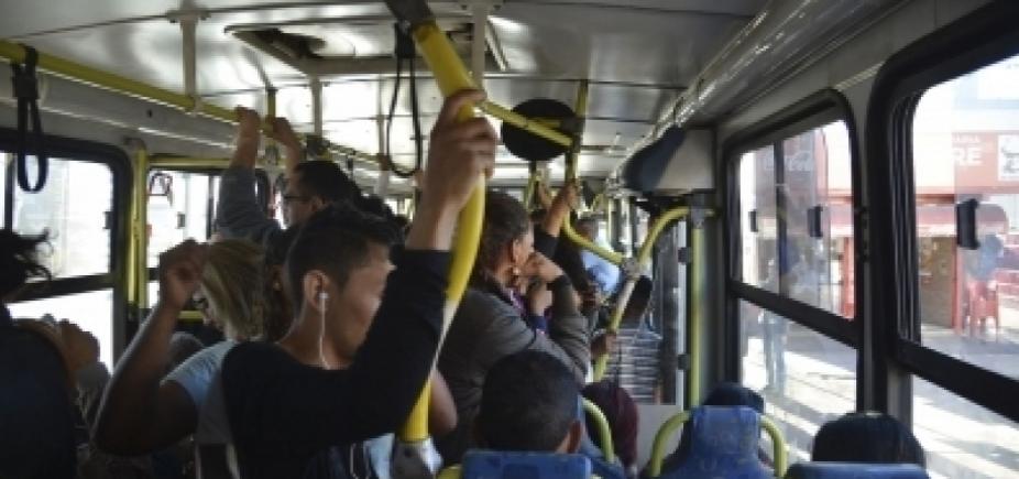 [CCJ do Senado aprova projetos que criminalizam casos de ejaculação em passageiras de ônibus]