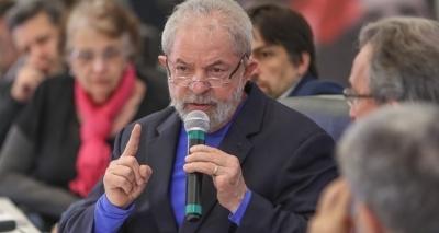 """Defesa de Lula acusa imprensa de criar """"falsa polêmica"""" sobre datas em recibos de aluguel"""