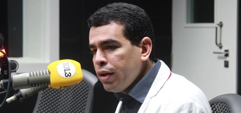 [Presidente do Bahia rebate deputado durante entrevista: