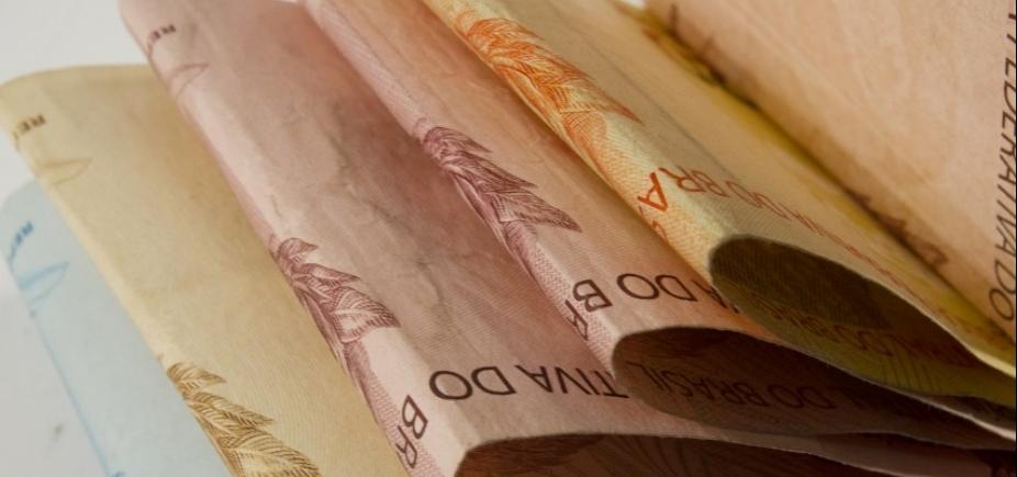 [Contas públicas têm déficit primário de R$ 9,5 bilhões em agosto]