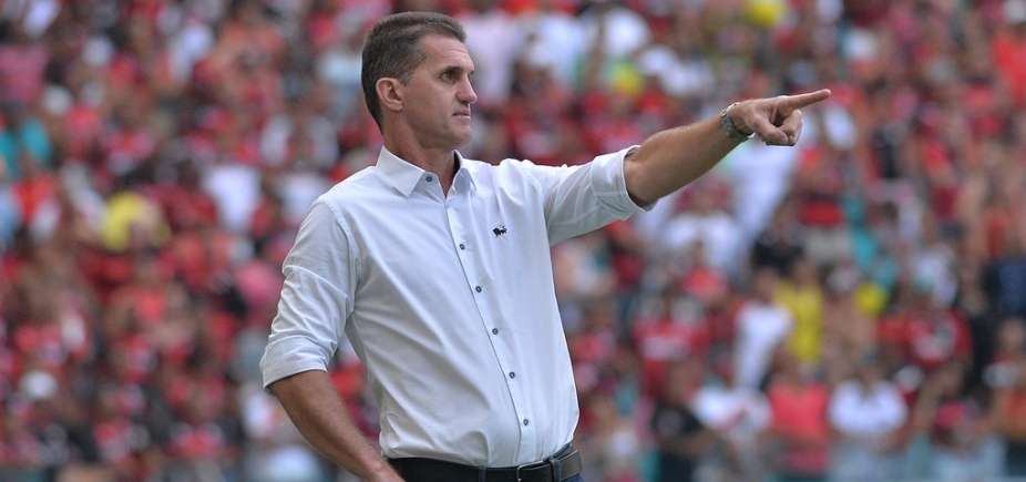 [Mancini dá nota 9,8 ao trabalho do Vitória: