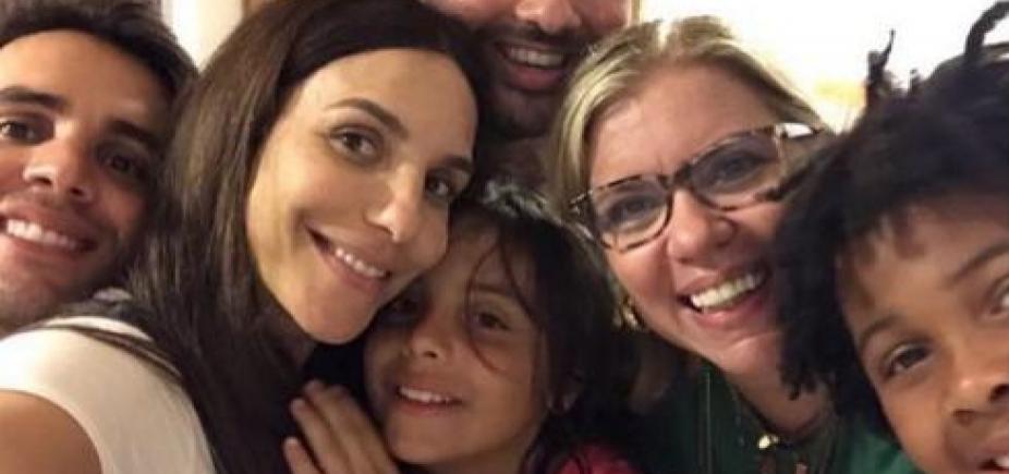 [Ivete Sangalo comemora aniversário do filho Marcelo em Praia do Forte; fotos]