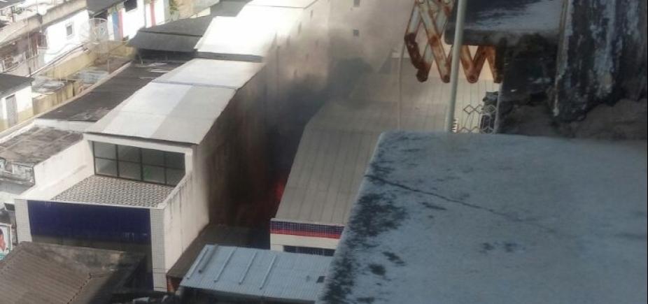 [Incêndio assusta moradores do Campo Grande; fogo já foi controlado]