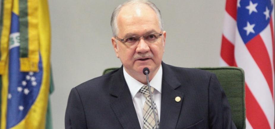 [Fachin será relator de pedido de Aécio para suspender afastamento do mandato]