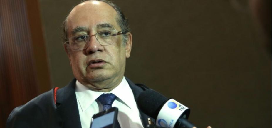 [Ministros do STF ʹvão acabar nos Trapalhõesʹ, critica Gilmar Mendes]