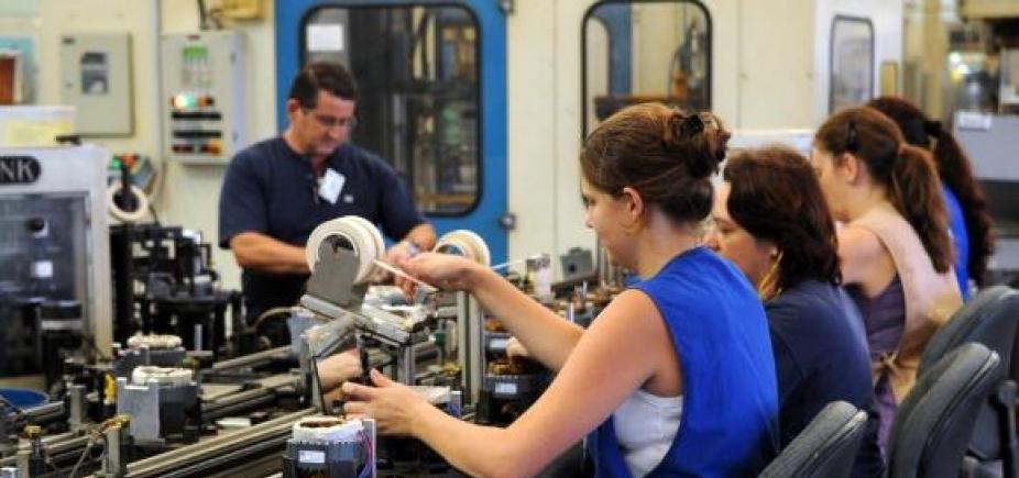 [Empresas fecham mais que abrem no Brasil, aponta IBGE]