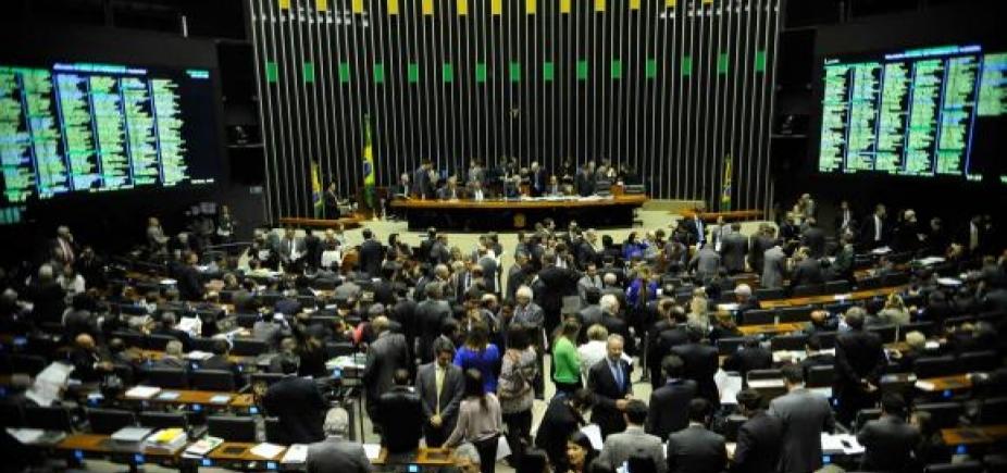 [Maioria dos deputados baianos vota a favor da criação do fundo de financiamento de campanha; veja lista]