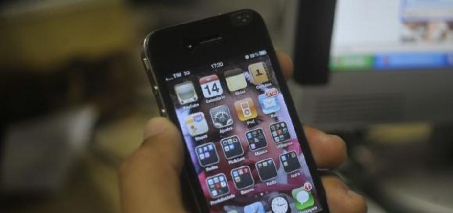 [Presidente da Alba propõe projeto para que serviço 0800 seja gratuito emligações por celular]