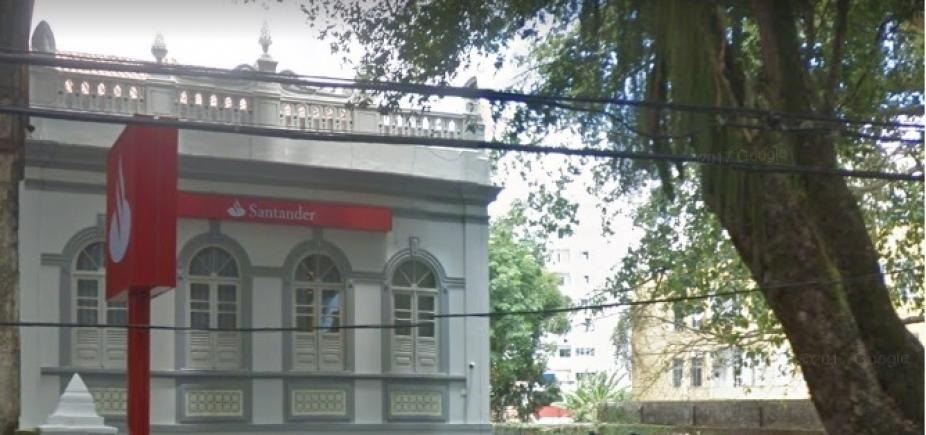 [Dois suspeitos de tentativa de assalto a agência do Santander na Vitória são presos]