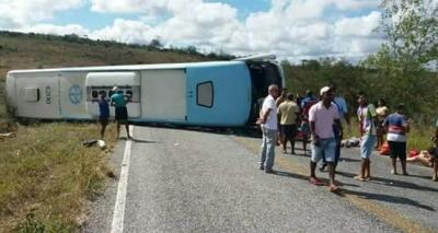 Cinco pessoas morrem em acidente com ônibus na Chapada Diamantina