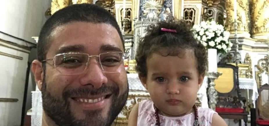 [Garota de 1 ano e 5 meses morre afogada em piscina de condomínio em Guarajuba]