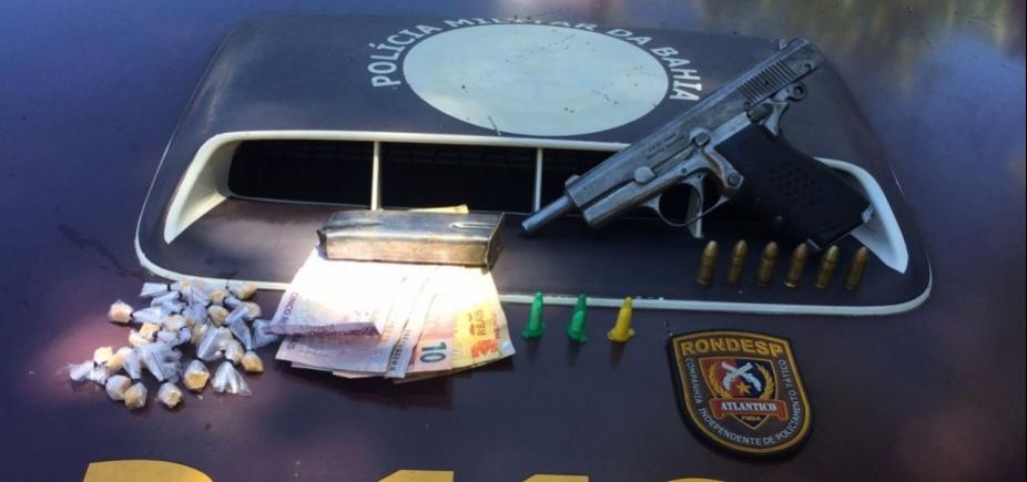 [Policiais apreendem pistola argentina no Engenho Velho da Federação]