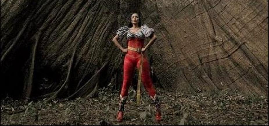 [Anitta lança clipe gravado na Floresta Amazônica em parceria com DJ sueco; assista]