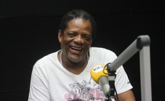 Ex-motorista, Lazinho lembra trajetória até os vocais do Olodum: Música veio por acaso
