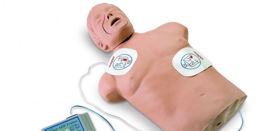 [Farol da Barra recebe curso gratuito demanobras de ressuscitação cardiorrespiratória ]