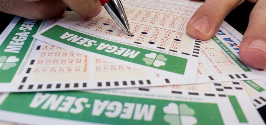 [Mega-Sena: sorteio deste sábado pode pagar prêmio de R$ 6 milhões ]