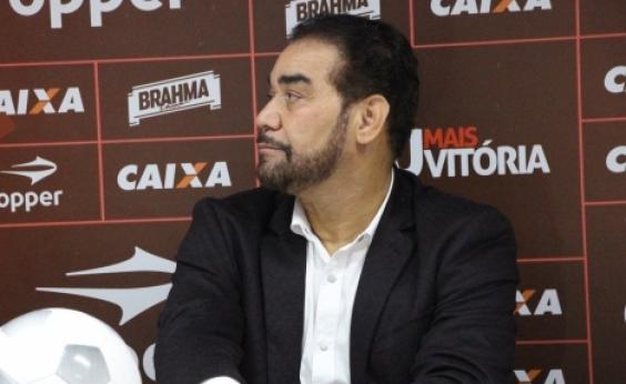 Ivã de Almeida renova licença e segue afastado da presidência do Vitória