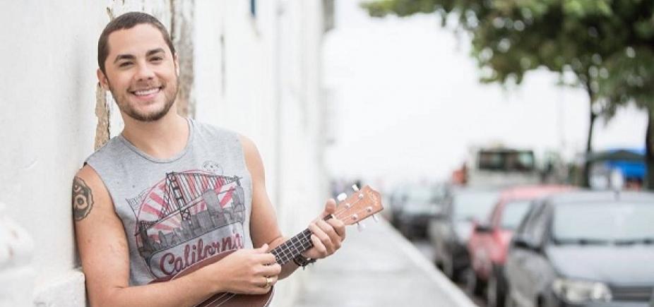 [Levi Lima comemora mais uma canção do Jammil em novela da Globo: