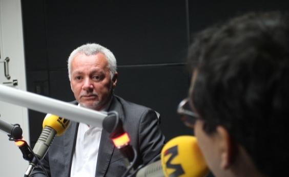 Bobô critica adoção de torcida única em estádios baianos: Absurdo