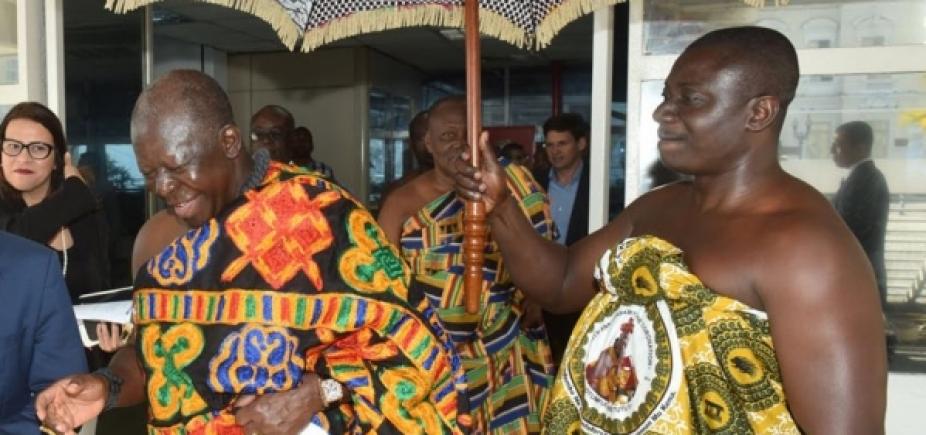 [Congresso da Ufba recebe rei da nação Ashanti de Gana; veja programação]