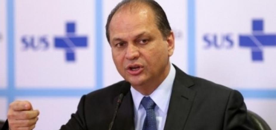 [Após pedido de afastamento, ministro da Saúde critica MPF: \