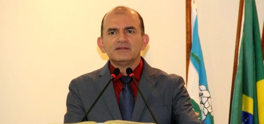 [Capela do Alto Alegre: prefeito é denunciado por dano de R$ 107 mil ]