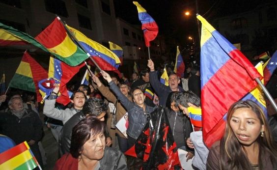 ʹUm salário, compra 3 kg de carneʹ: enviado da Metrópole detalha crise na Venezuela