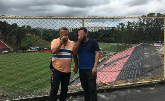 Funcionários são demitidos após foto ironizando Barradão