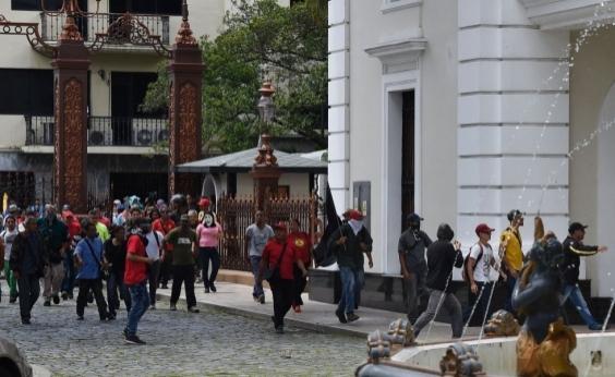 Um país com muitos problemas: jornalista local detalha situação na Venezuela