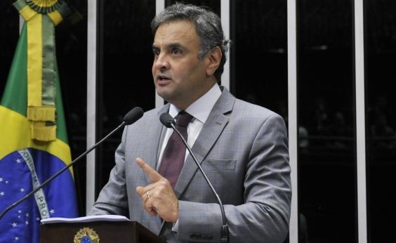 Após pressão, Aécio Neves cogita deixar presidência do PSDB