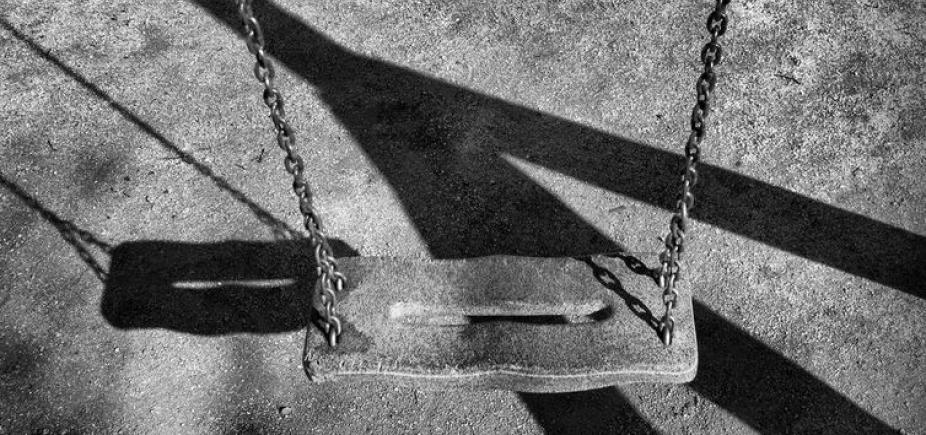 [Nove mandados de busca e apreensão contra pedofilia são cumpridos em Salvador ]