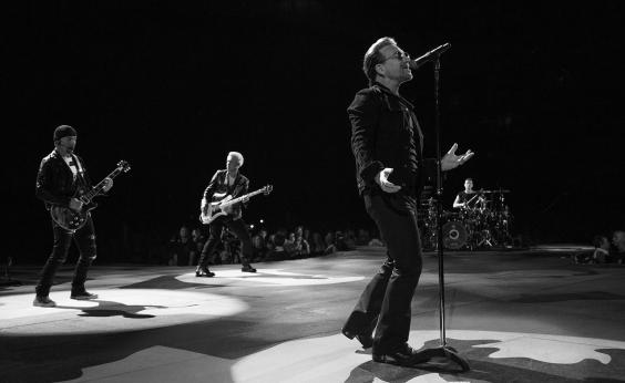 Irmã Dulce é homenageada em show da banda U2