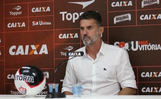 Mancini lamenta derrota e diz que Vitória voltará a ganhar no Barradão ʹna marraʹ