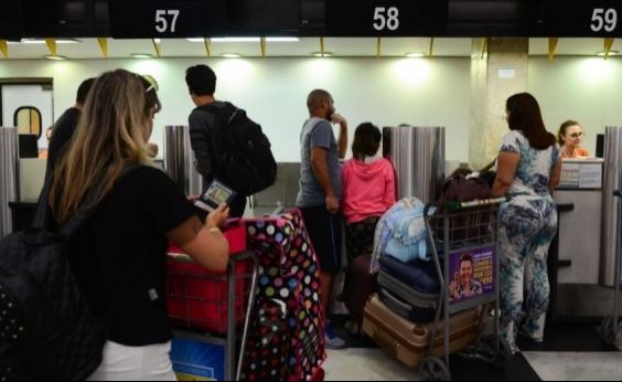 Abear e companhias aéreas serão investigadas por alegar que bagagem cobrada baratearia passagens