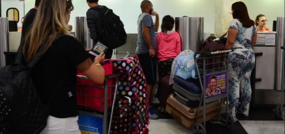 [Abear e companhias aéreas serão investigadas por alegar que bagagem cobrada baratearia passagens]