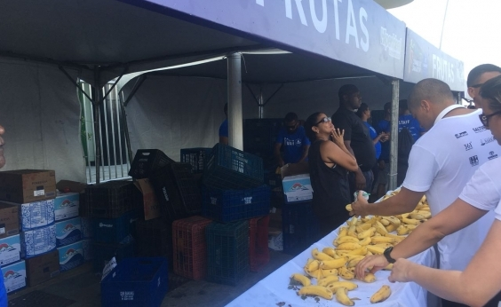 Vigilância Sanitária recolhe frutas disponibilizadas para corredores da Maratona de Salvador