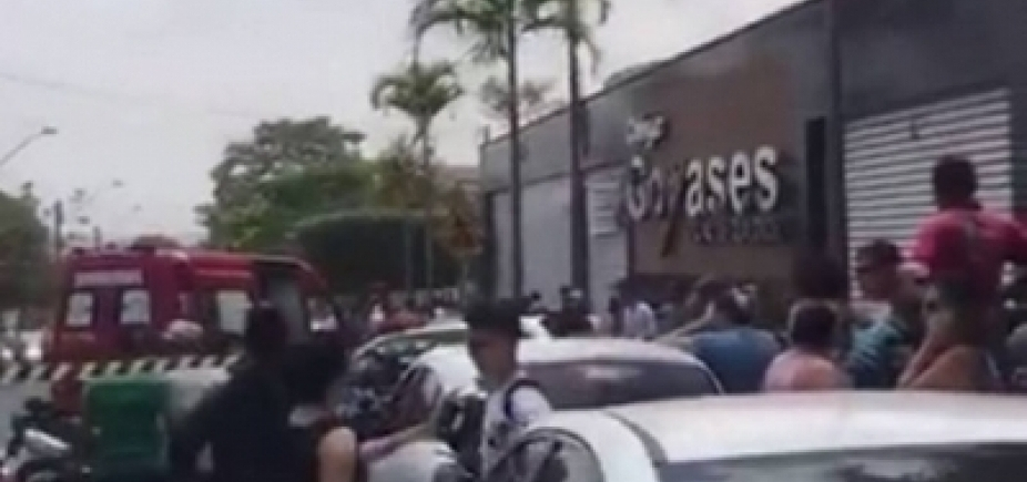 [ Adolescente que atirou contra colegas em Goiânia aguarda decisão judicial paratransferência]