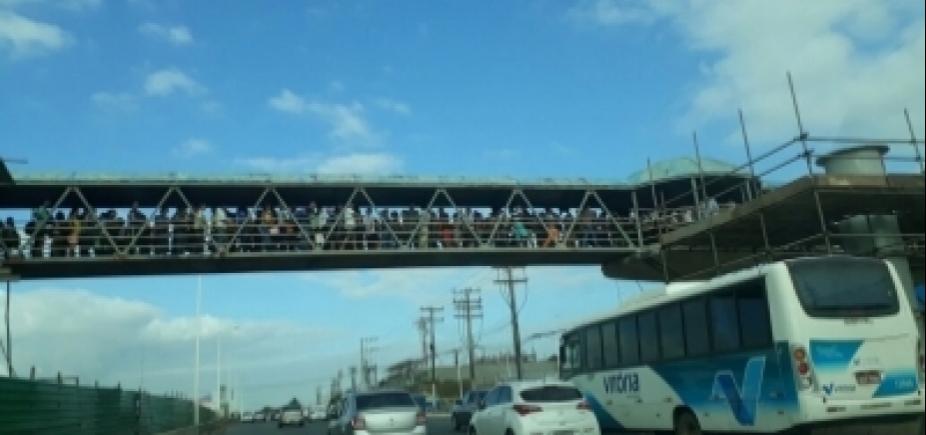 [Após relatos de lotação, Dauster diz que nova passarela de Mussurunga será entregue em dezembro]