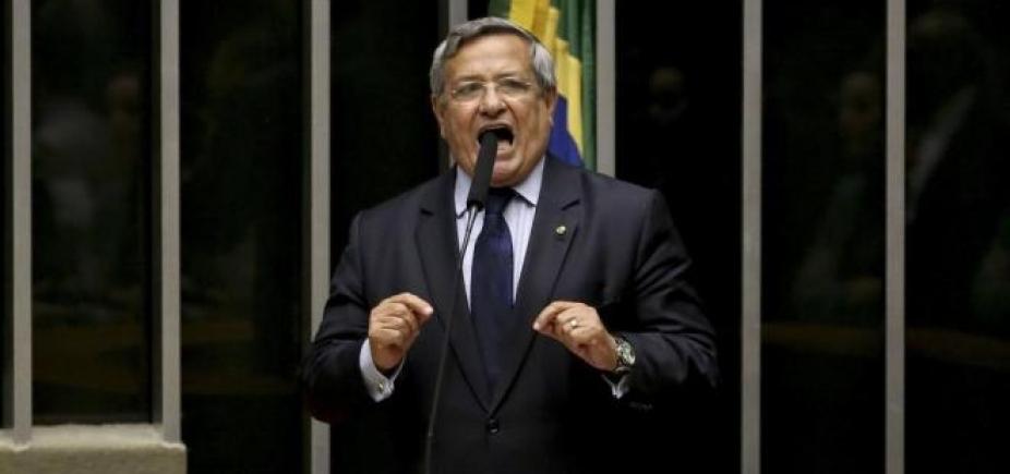 [Benito Gama diz que 2ª denúncia contra Temer é frágil: